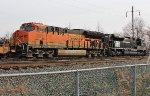 BNSF 3971, NS 1073 on 20Q